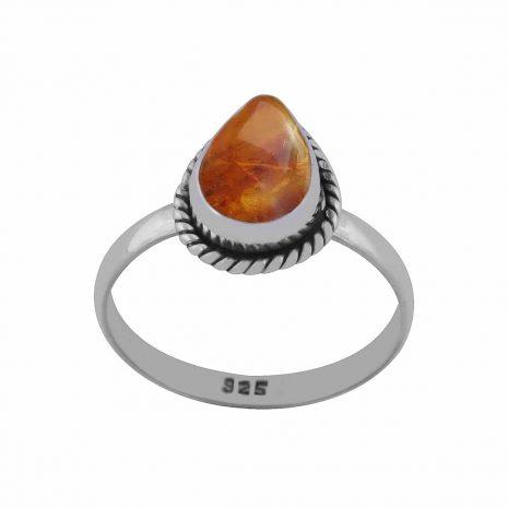 elara-amber-sterling-silver-ring-hellaholics-2