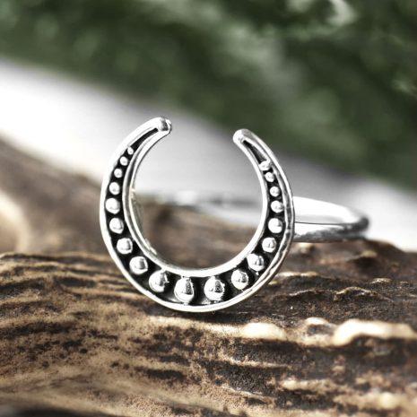 lula-hunting-moon-silver-ring-hellaholics